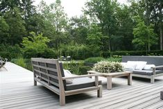 pale wooden decking and heavenly loose planting in a contemporary garden lounge… Outdoor Lounge, Outdoor Areas, Outdoor Chairs, Garden Furniture, Outdoor Furniture Sets, Nice Furniture, Furniture Design, Porches, Pergola