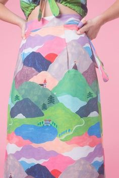 Maria Ines Gul - Yodel wrap skirt in 'The Hills Are Alive' print designed for Samantha Pleet collection inspired by The Sound of Music. Quirky Fashion, Colorful Fashion, Unique Fashion Style, Fashion Fashion, Fashion Dresses, Young Fashion, Fashion Kids, Runway Fashion, Autumn Fashion