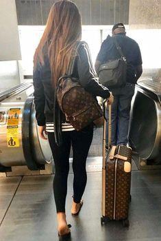 Trends For Women Style – louis vuitton handbags outfits Louis Vuitton Rucksack, Luis Vuitton Backpack, New Louis Vuitton Handbags, Louis Vuitton Luggage, Louis Vuitton Wallet, Louis Vuitton Neverfull, Louis Vuitton Monogram, Vuitton Bag, Hermes Handbags