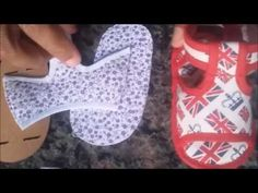 SAPATINHO DE MENINO - YouTube Doll Shoe Patterns, Baby Shoes Pattern, Sewing For Kids, Baby Sewing, Dibujos Baby Shower, Cute Emoji Wallpaper, Baby Sleepers, Doll Shoes, Barbie Dress