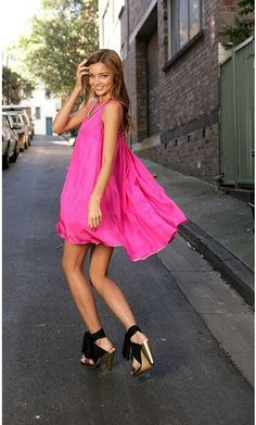 LOVE the pink dress!