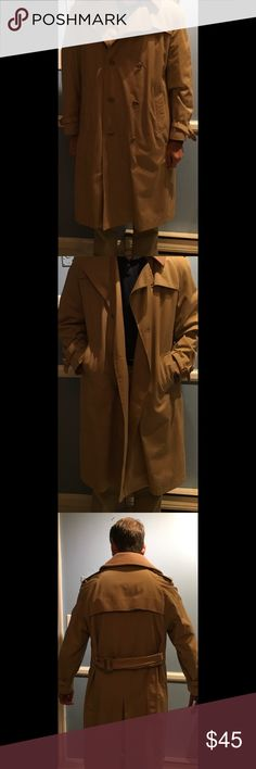 Vintage Jonathan Hale Men's Trench Coat Rare find!! Excellent condition vintage Trench Coat with zip out lining ! Double Breasted, belted in Light Khaki cotton and polyester . Jonathan Hale Jackets & Coats Trench Coats