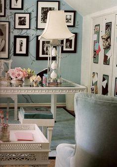 A feminine office by Mary McDonald #Donimo