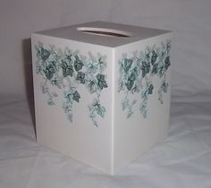 Vintage Corelle Callaway Ivy Plastic Tissue Box VERY NICE