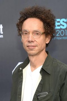 Help with Extended Essay on Malcolm Gladwell's novel, BLINK?