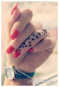 tatuajes en los dedos delas manos para mujeres notas musicales - Buscar con Google