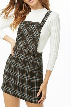 Plaid Pinafore Dress is too cute. Skirt Outfits, Stylish Outfits, Fall Outfits, Modest Fashion, Fashion Outfits, Fashion Trends, Fashion Details, Fashion Fashion, Pinafore Dress Outfit