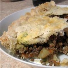 Tourtiere (Meat Pie) Recipe - Really delicious, tastes like the holidays. And meaty! Pie Recipes, Cooking Recipes, Recipies, Cranberry Orange Cookies, Albondigas, Main Dishes, Easy Meals, Potatoes, Stuffed Peppers