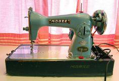 I love looking at vintage machines!