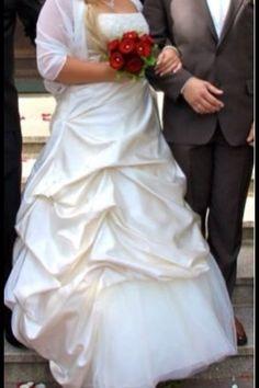 ♥ Wunderschönes Brautkleid ♥  Ansehen: http://www.brautboerse.de/brautkleid-verkaufen/wunderschoenes-brautkleid-12/   #Brautkleider #Hochzeit #Wedding