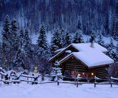 Winter Wonderland: snowy winter scenes of Christmas time. Winter Szenen, Winter Cabin, Cozy Cabin, Winter Time, Snow Cabin, Winter Season, Winter House, Cozy Cottage, Winter Holiday