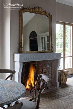 Een gezellig interieur waar de gemetste openhaard mooi tot for Interieur udenhout