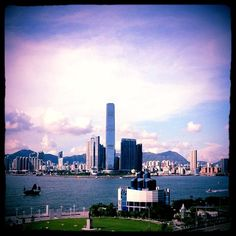 Panoramic 180° Victoria Harbour views from CHI 120