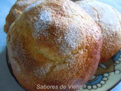 Monas de Pascua Dinner Rolls, Baked Potato, Bread, Baking, Ethnic Recipes, Blog, Crack Cake, Sweet Recipes, Food Cakes