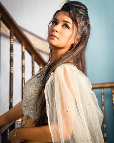 """Avneet Kaur Official on Instagram: """"....And the queen lived happily ever after in her own damn castle with her own money and took care of herself.❤️✨ #Yasmine #ShootMode 📸-…"""""""