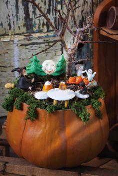 Miniature Dollhouse FAIRY GARDEN ~ Fall Harvest HALLOWEEN Mouse with Sack ~ NEW