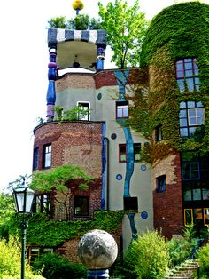 Hundertwasserhaus Bad Soden near Frankfurt, Germany • architect: Friedensreich Hundertwasser • photo: original source not found