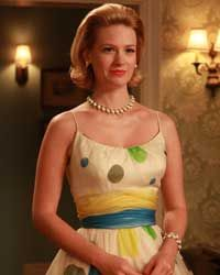 The Mad Men Fashion File: Polka Dot Frocks and Priestly Lunchboxes Mad Men Fashion, 1960s Fashion, Vintage Fashion, Vintage Gowns, Vintage Outfits, Betty Draper, My Girl, My Style, How To Wear