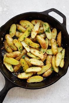 The Briny Lemon: Pan-Roasted Fingerling Potatoes with Fried-Sage Butter Fingerling Potatoes Baked, Roasted Potatoes, Potato Recipes, Vegetable Recipes, Side Dish Recipes, Dinner Recipes, Great Recipes, Favorite Recipes, Cooking Recipes