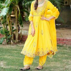 Anarkali Suits, Punjabi Suits, Embroidery Suits, Shoulder Dress, Dresses, Fashion, Vestidos, Moda, Fashion Styles