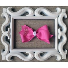 "Cream Monogrammed Candy Pink Hairbow- ""R"""