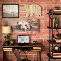 Love the desk set up For a scenic study that really motivates, mix metal and wood pieces with nature-inspired wall decor. Unique Wall Decor, Office Wall Decor, Boho Decor, Rustic Decor, Hobby Lobby Decor, Western Decor, Wood Pieces, Dream Decor, Interior Design Inspiration