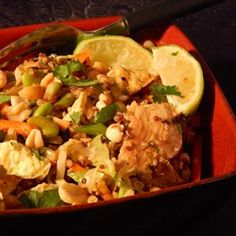 I could totally make this with a few swaps/changes in ingredients : Pad Thai Quinoa Bowl - Allrecipes.com