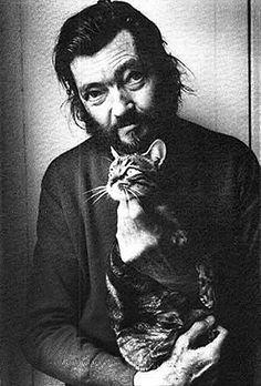 """""""la única recompensa de mi trabajo: sentir que lo que he escrito es como un lomo de gato bajo la caricia, con chispas y un arquearse cadencioso"""" (Rayuela - Julio Cortazar)"""