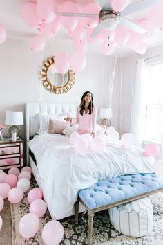 32 Of My Absolute Favorite Things + Shopbop Sale   Alyson Haley Happy 28th Birthday, Birthday Goals, 19th Birthday, Birthday Ideas, Cute Birthday Pictures, Party Pictures, Birthday Photos, Birthday Room Decorations, Valentine Decorations