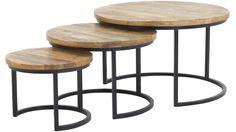 Set van 3 ronde houtentafels.