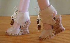 Lien pour faire des chaussures à nos poupées