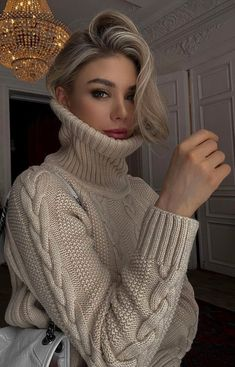 Turtleneck Outfit, Sweater Outfits, Selfies, Zara, Thick Sweaters, Fashion Models, Girly, Turtle Neck, Hair Styles