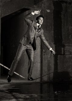 hugo boss suit on the slackline.
