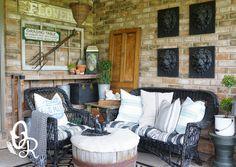 Front Porch Decorating - oliverandrust.com