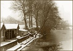 (L14) Boathouse in snow