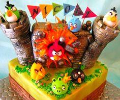 b0e6a6154a5 Angry Birds Cake Herman wil ook vlaggies he Cupcake Cookies