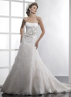 Strapless A-line ruffle net bridal gown
