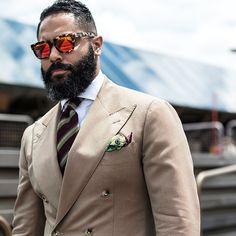 Pitti Uomo 88 day two, be inspired by Angel Ramos! Angel Bespoke, Men Suit Shoes, Men's Street Style Photography, Best Men's Street Style, Gentlemen Wear, Great Beards, Men Style Tips, Style Ideas, Beard Styles For Men