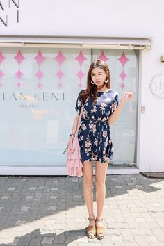 Buy Floral Navy Dress at Korean Fashion Store. Find the latest Korean dresses and clothing trending in South Korea here at our store. We are always adding new styles daily that come straight from South Korea's fashion markets, come take a look! Kpop Outfits, Korean Outfits, Cute Outfits, Fashion Outfits, Work Fashion, Fashion Beauty, Fashion Looks, Korean Street Fashion, Asian Fashion