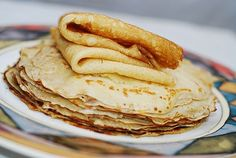 JuliasAlbum.com:   How to make crepes from scratch in a regular frying pan My Pinterest page My Facebook page