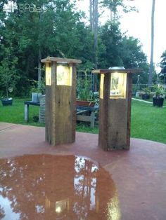 Garden Path Light From Reclaimed Pallets
