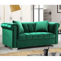 The Kayla sofa features a green velvet upholstery around the frame with chrome legs. It has tight seat and track arms. Elegant and eye-catching. the stunning Kayla sofa from Meridian Furniture is the perfect addition to any living room. Velvet Tufted Sofa, Green Velvet Sofa, Chesterfield Sofa, Loveseat Sofa, Couches, Sofa Set, Armchair, Sofa Furniture, Living Room Furniture