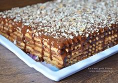 Este un desert vechi din copilaria mea si desi e usor si super gustos, […] Romanian Desserts, Romanian Food, Easy Desserts, Delicious Desserts, Yummy Food, Cake Recipes, Dessert Recipes, Sweet Tarts, Pumpkin Cheesecake