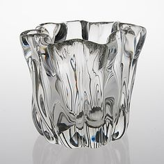 "TAPIO WIRKKALA - Glass vase ""Kalvolan kanto"" '3844' for Iittala, Finland. [h. 18,5 cm] Glass Design, Design Art, Alvar Aalto, Lassi, Finland, Glass Art, Rainbow, Weddings, Gray"