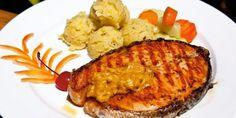 Genuss und Lebensfreude mit wenig Kohlenhydraten Meat, Chicken, Food, Positive Feelings, Joie De Vivre, Food Items, Beef, Meal, Essen