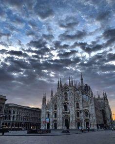 Buongiorno e buon sabato a tutti! Foto Costanzo Pierno #milanodavedere Milano da Vedere