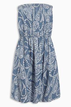 Next Bandeau-Kleid mit maritimen Print. Schulterfrei und super schön für die heißen Tage.