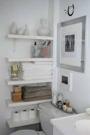 Resultado de imagem para decoração simples e barata para banheiro