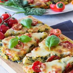 Polenta pizza with tomatoes and spinach - a quick recipe for children -You can find Polenta and more on our website.Polenta pizza with tomatoes and . Healthy Pork Recipes, Healthy Dessert Recipes, Quick Recipes, Healthy Drinks, Baby Food Recipes, Vegetarian Recipes, Healthy Meals, Rabbit Recipes, Veggie Recipes