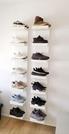 39 Simple Shoe Storage Ideas That Will Declutter Your Hallway 39 of the most brilliant shoe storage ideas. These smart solutions are guaranteed to help you keep your home clutter and chaos-free! Wall Shoe Storage, Shoe Wall, Shoe Room, Shoe Shelf Ikea, Shoe Rack For Wall, Shoe Storage For Bedroom, Storage For Shoes, Cool Storage Ideas, Storage Room Ideas